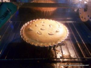 Kaaju Maawa Cake - in Oven