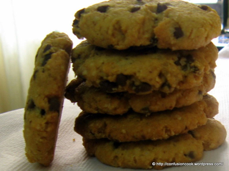 Eggless Choco-chip & Oats Cookies